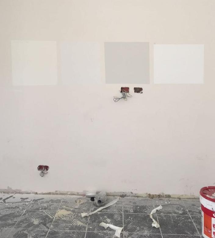 הדרך הכי בטוחה לבחירת גוון צבע: לצבוע ריבוע ישירות על הקיר
